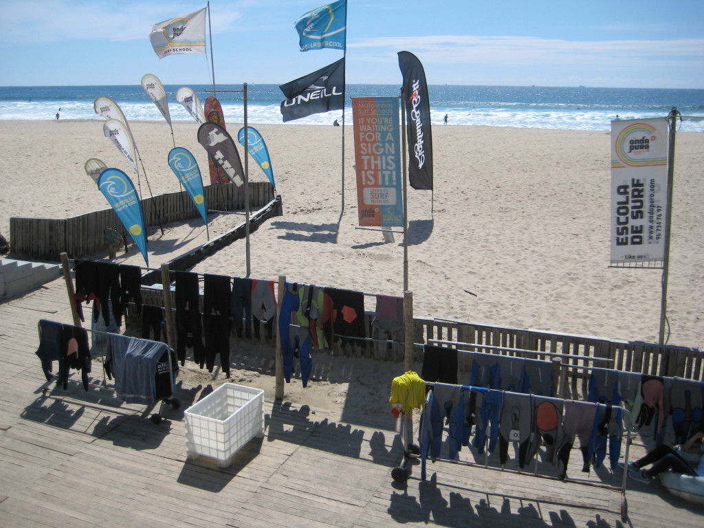 Surfboard & stand up paddle rentals. A perfect day for the windsurfers also.